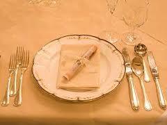 悪魔のテーブルマナー:女子に生理的に無理って言われてもイイ?