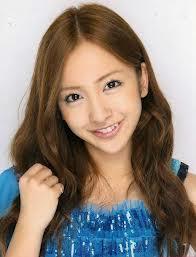 AKB48板野友美と付き合いたい。